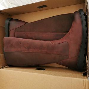 Sorel boots size 9 NWT